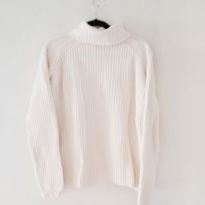 Eddie Bauer cable knit chunky sweater